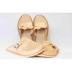 Pantofle s přezkou - vepřovice